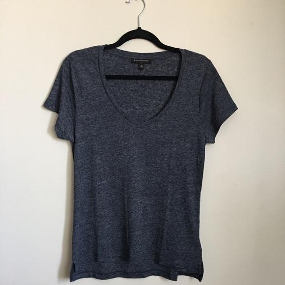 🌷Banana Republic V-neck shirt